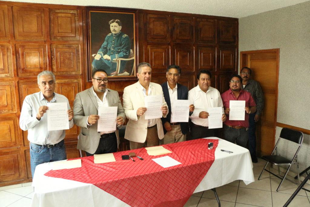 PRESIDENTES MUNICIPALES, FIRMAN CONVENIO CON FRATERNIDAD NACIONAL;BUSCAN GESTIONAR RECURSOS EXTRAORDINARIOS