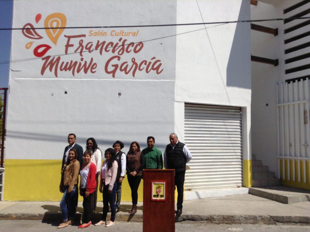 """INAUGURA XICOHTZINCO SALÓN CULTURAL """"FRANCISCO MUNIVE GARCÍA"""