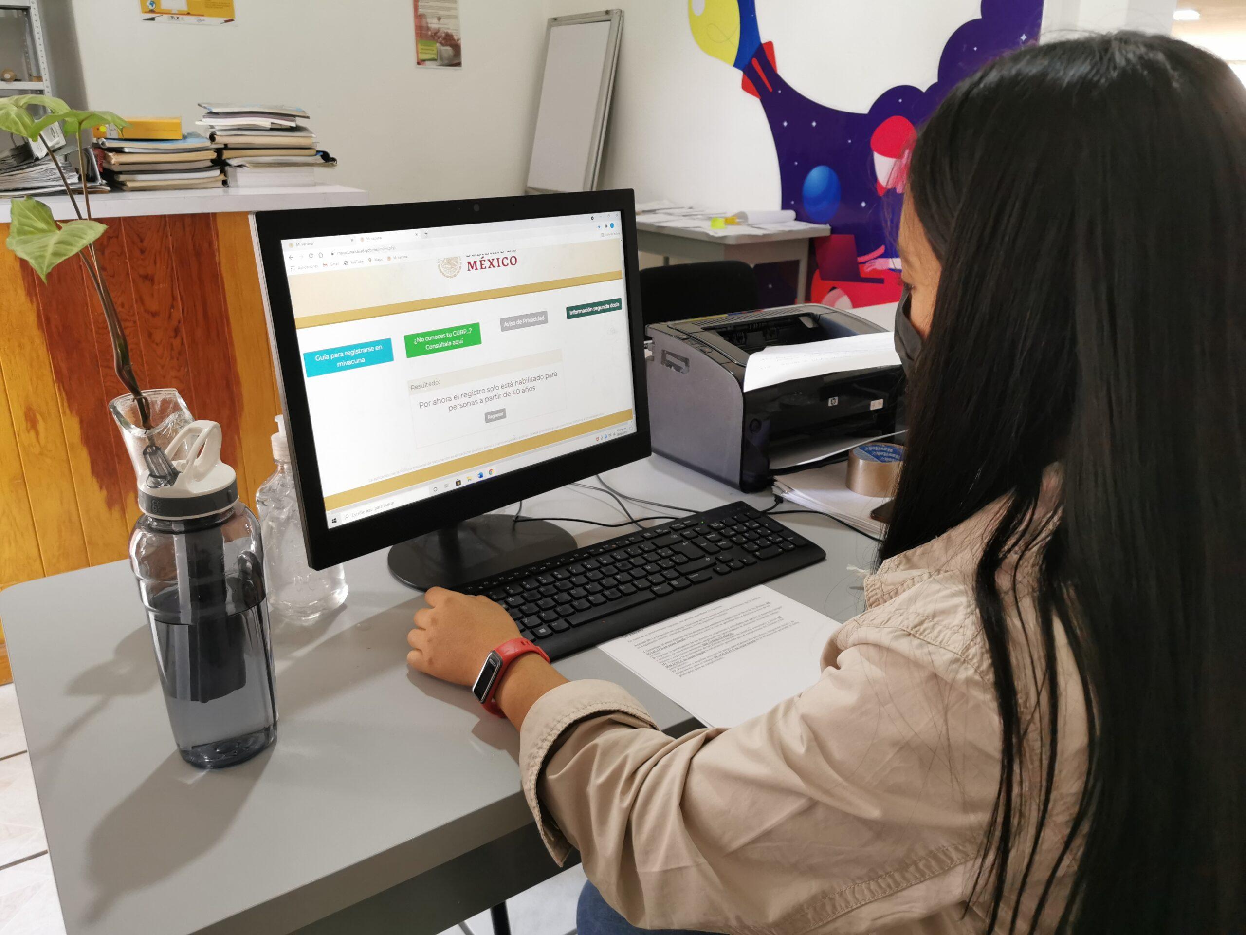 Registra Zacatelco a personas mayores de 40 años y mujeres embarazadas para recibir vacuna contra Covid-19.